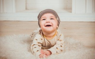 Quel matériel de puériculture éviter pour le bon développement du bébé.