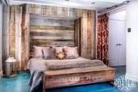 Mixed Tobacco Barn Grey/Brown Wood Wall + Murphy Bed + Dog