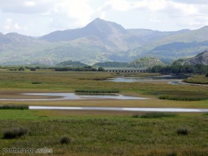 Cnicht, from The Cob in Porthmadog