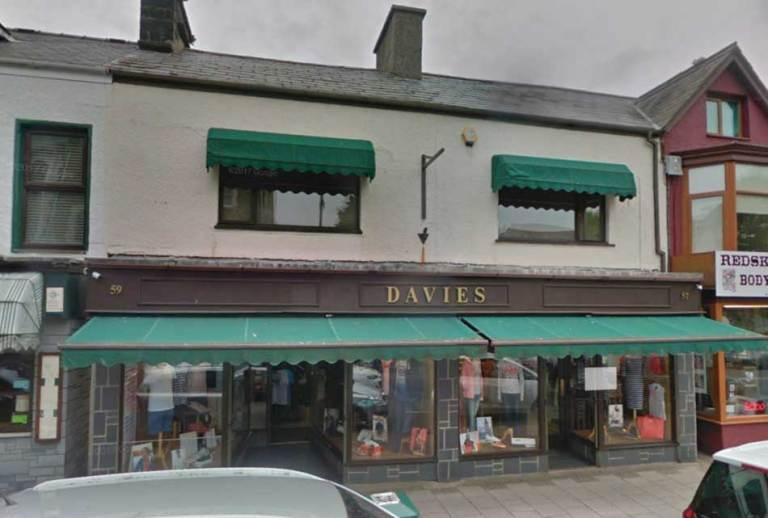 Davies Menswear in Porthmadog