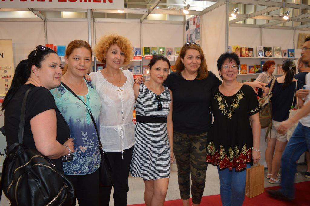 13 poze de la Bookfest - festivalul de carte la care eu Nu am fost... decât puțin