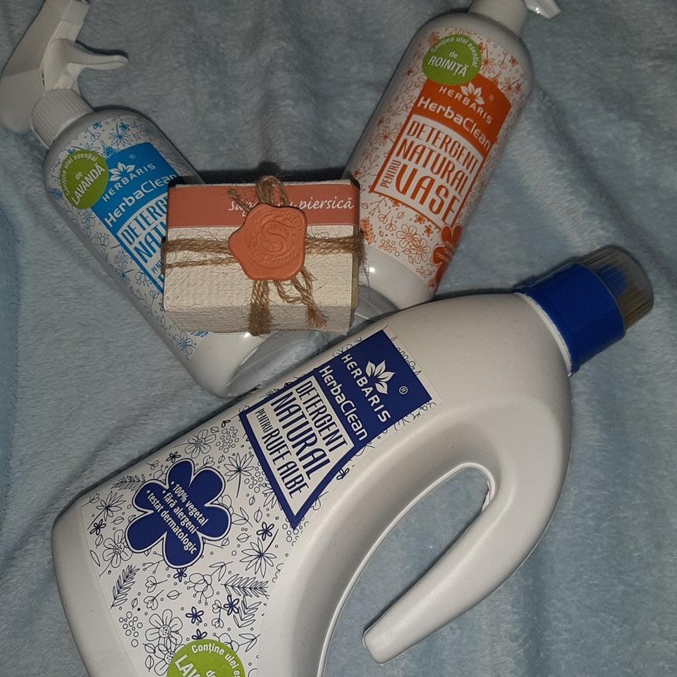 Curățenie bio cu produsele Herbaris