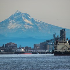 Heading up the Columbia with Mt. Hood.