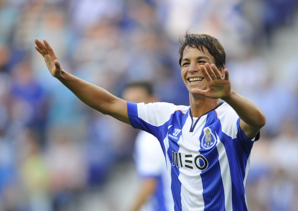 FC Porto quer manter Óliver Torres para a próxima temporada