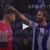 FC Porto opera reviravolta no marcador com um golaço de Sérgio Oliveira