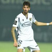 FC Porto com substituto à vista para Alex Telles