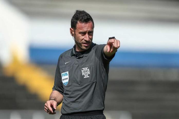 Clássico entre Benfica e FC Porto já tem equipa de arbitragem