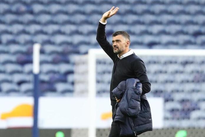 Oficial: Sérgio Conceição renova até 2024