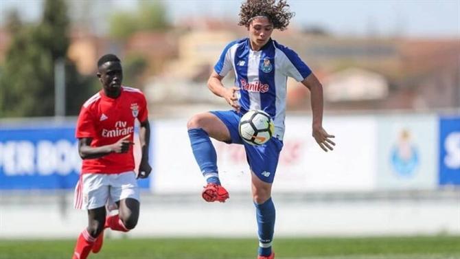 Gonçalo Esteves troca o FC Porto pelo Sporting