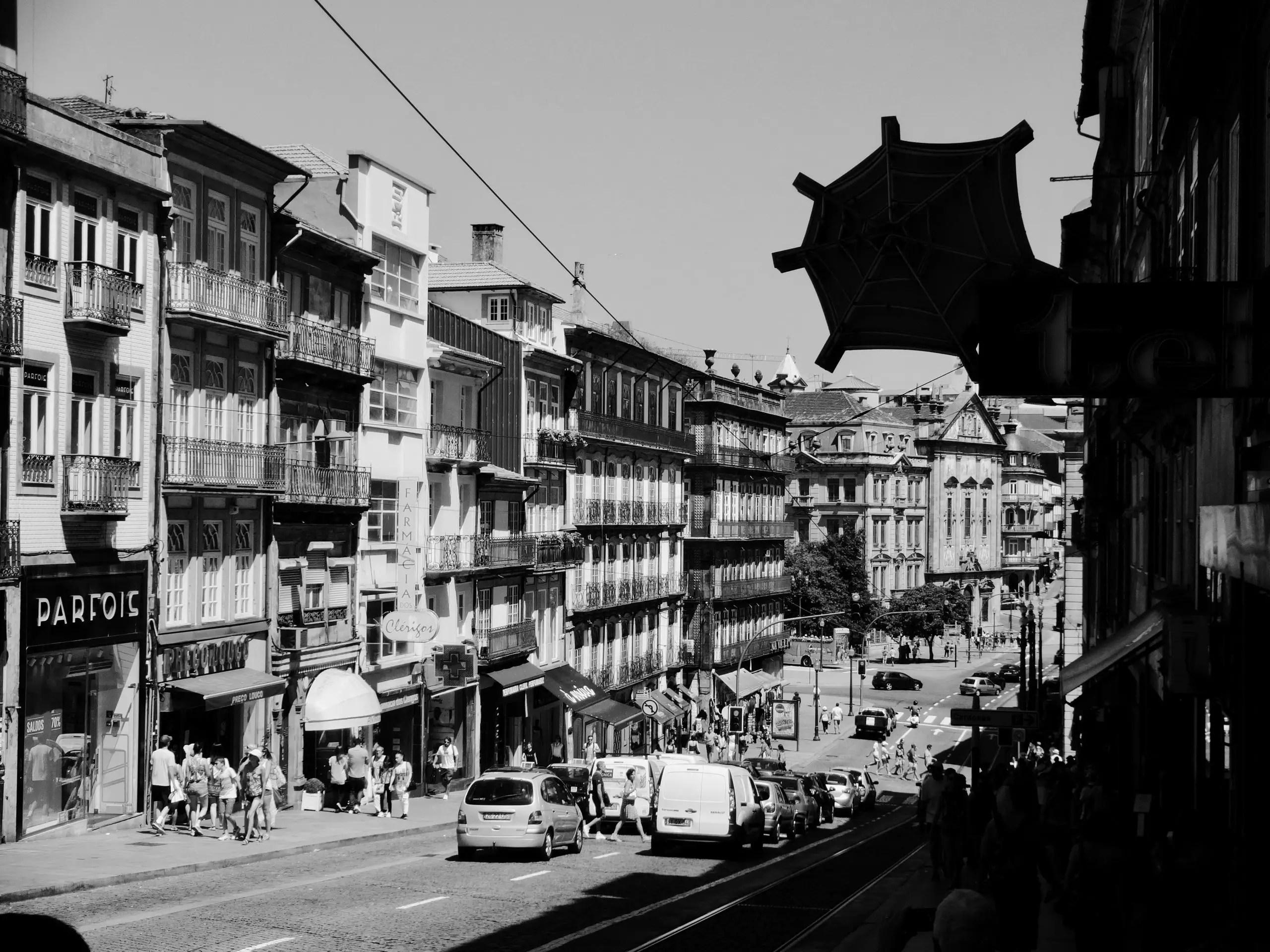 Les 5 histoires liées a Porto