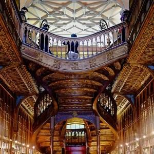 JK Rowling n'a jamais visité la librairie Lello à Porto