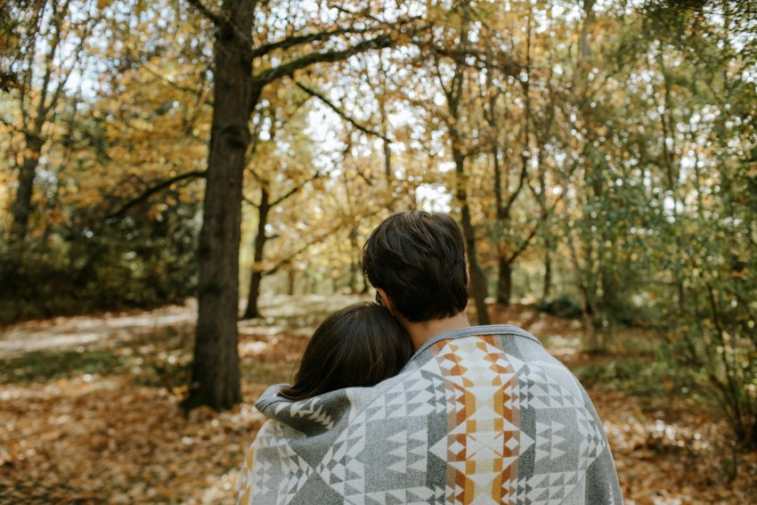 seattle wedding photographer fall arboretum engagement