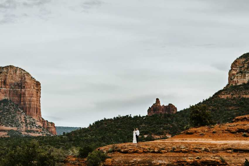 sedona cathedral rock elopement