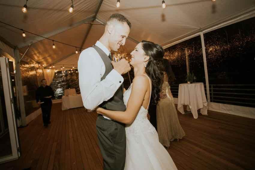 seattle wedding photographer rays boathouse wedding