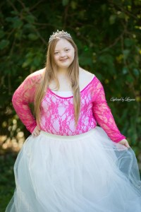 down-syndrome-Princess-Photos-Illinois