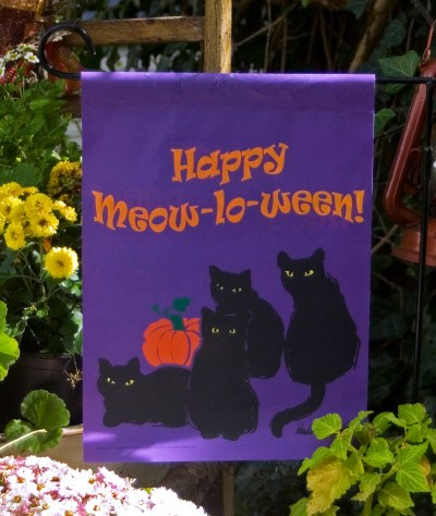 Happy Meow-lo-ween Garden Flag