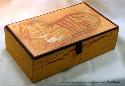 Cheshire Kitty Batik Keepsake.