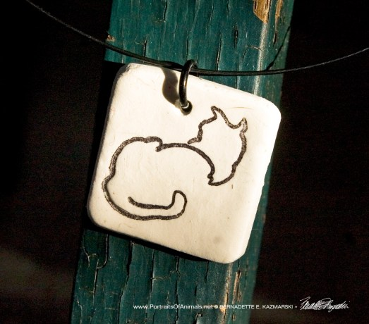 """""""Back to Front"""" pendant, 1"""" x 1"""" square."""