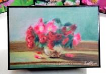 Small Roses small gift box.