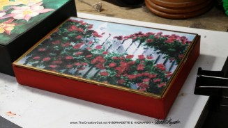 "A very small keepsake with ""Red Climbers""."