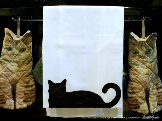 Bella! Flour Sack Dishtowel