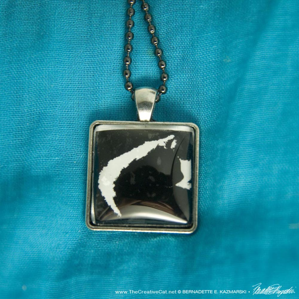 Cat Cabochon in Classic Black and White