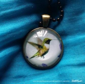 Cabochon Pendant, Hummingbird