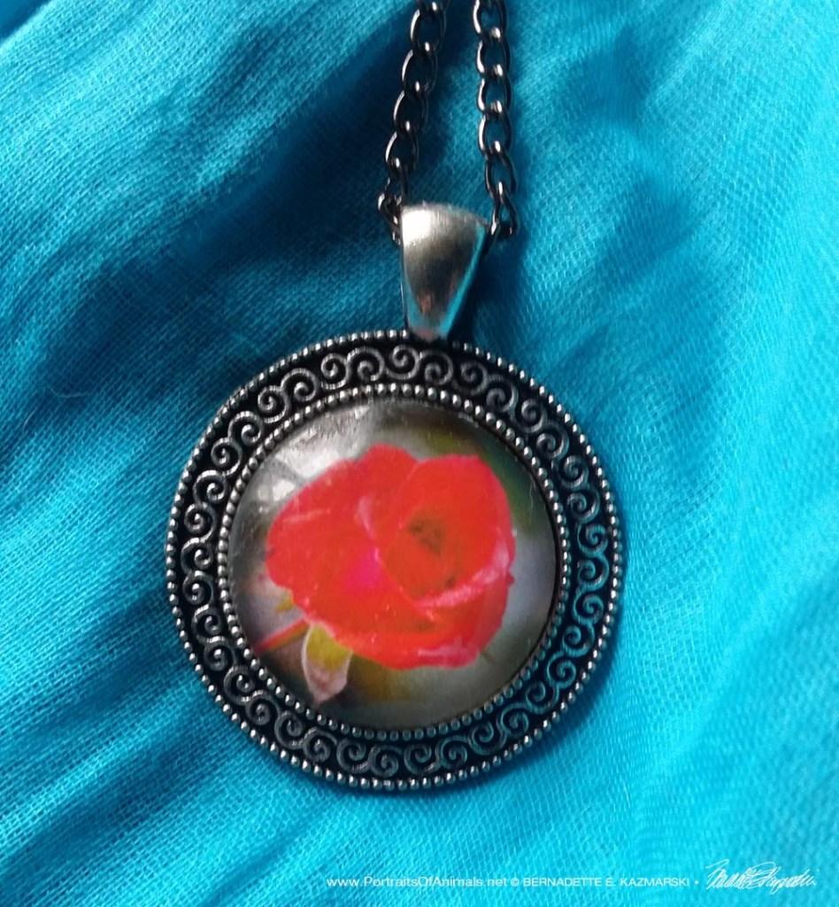 Cabochon Pendant, Red Rose