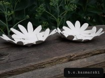 flower-dishes-side