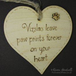 Vizslas heart plaque