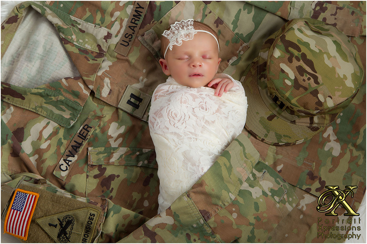 military newborn portraits