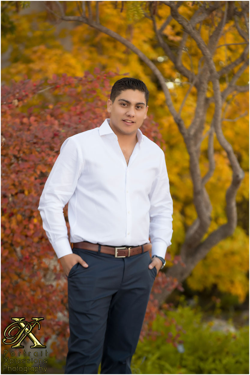 UTEP senior portraits in El Paso campus