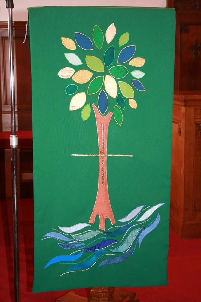 Pulpit fall in Loving Memory of Bet Haldane