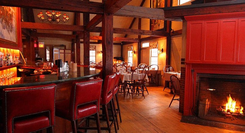 Mombo Restaurant In Downtown Portsmouth New Hampshire
