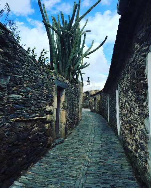 Holidays-in-Portugal-City-Break-tours-monsaraz7