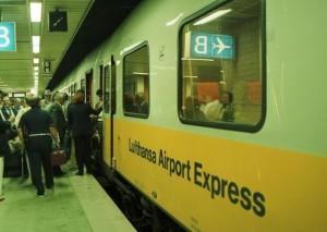 Na Alemanha, os serviços ferroviários integram-se frequentemente com os serviços ferroviários para alargar a área de influência dos aeroportos.