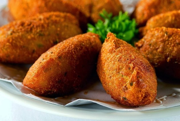 Pastéis de Bacalhau (Cod Cakes) Recipe