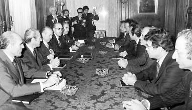 Firma de los Acuerdos Tripartitos de Madrid (14 de Noviembre 1975)