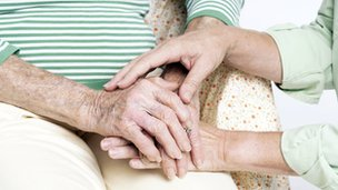 Dementia 'affects 80% of care home residents'