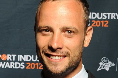 Oscar Pistorius held 'for shooting girlfriend' update