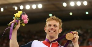 ronze-medalist-Jody-Cundy-of-Great-Britain-po_2822552