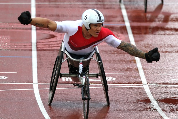 David Weir winning Gold in the T54 1500m © Mark Davidson