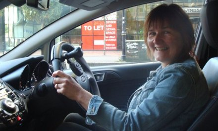 One-armed driver gets apology over disability parking permit