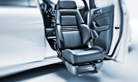 New Swivel Seat Improves Car Safety for People with Disabilities