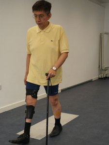 post-polio-brace-walking