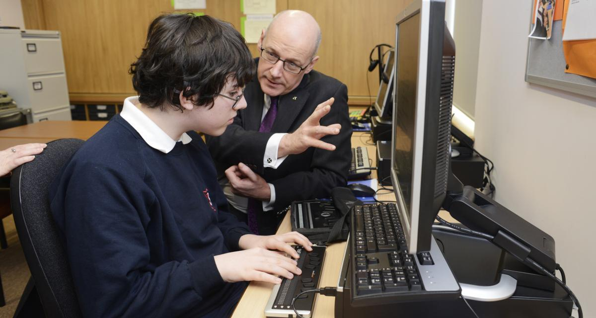 Deputy First Minister visits Royal Blind School