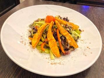 Lachs Salat – Lachs/ grüner Salat/ Gurken/Weintrauben