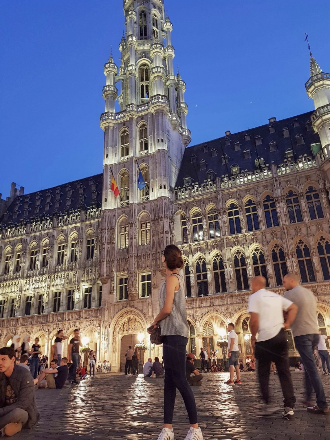 grand place bruxelles nuit