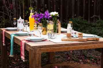 outdoor-holiday-party-idea