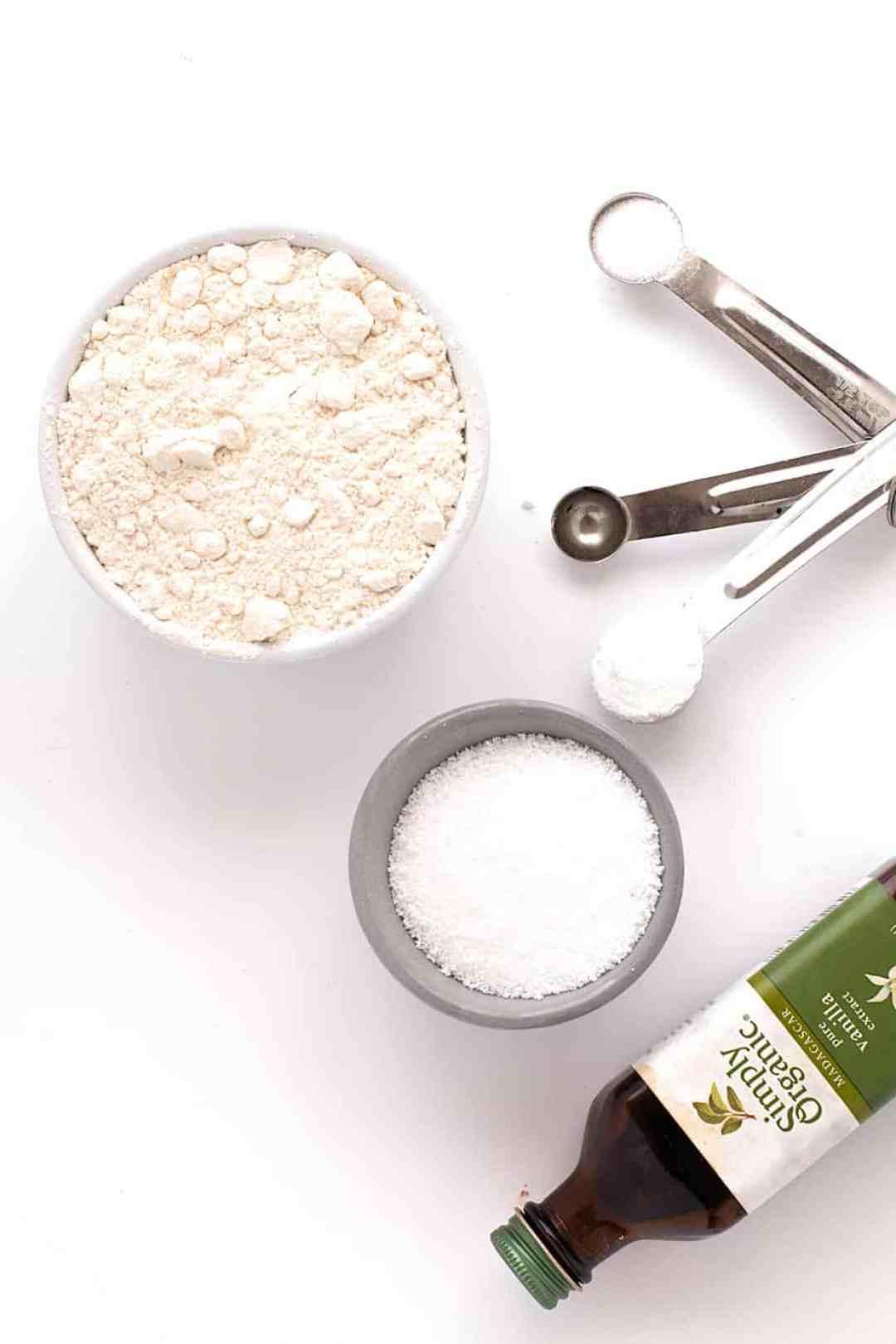 easy-vanilla-cake-cream-cheese-frosting-05